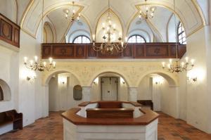 Synagoga-Brandýs-1024x682